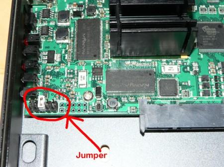 Colocacion del jumper para recuperación del firmware en A110